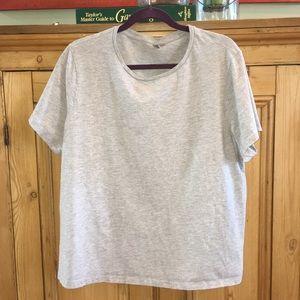 ✨2 for $15 -ASOS- 3 Black, white & gray t-shirts